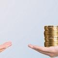 大企業と中小企業の年収差は?気になる収入アップ方法もご紹介!