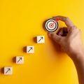 面接に役立つキャリアプラン例を業界別に紹介