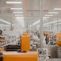 メーカーの仕事内容とは?商社との違いや転職を成功させるコツもご紹介!